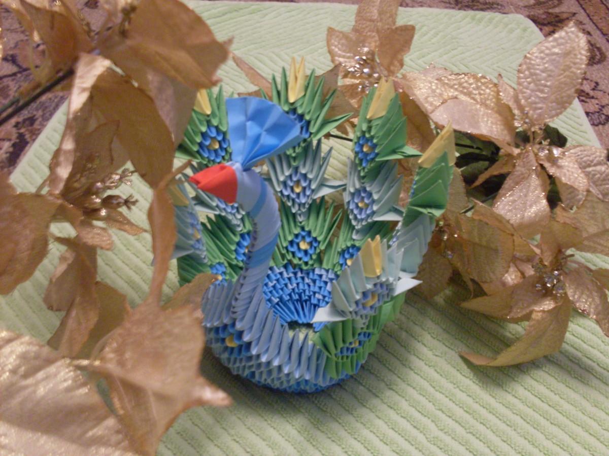 Păunul origami 3D